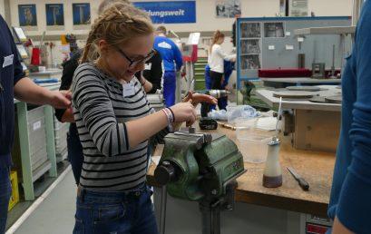 Tschüss Klischees- 5 Schülerinnen der Werkrealschule beim Girls´ Day bei WALDNER dabei!